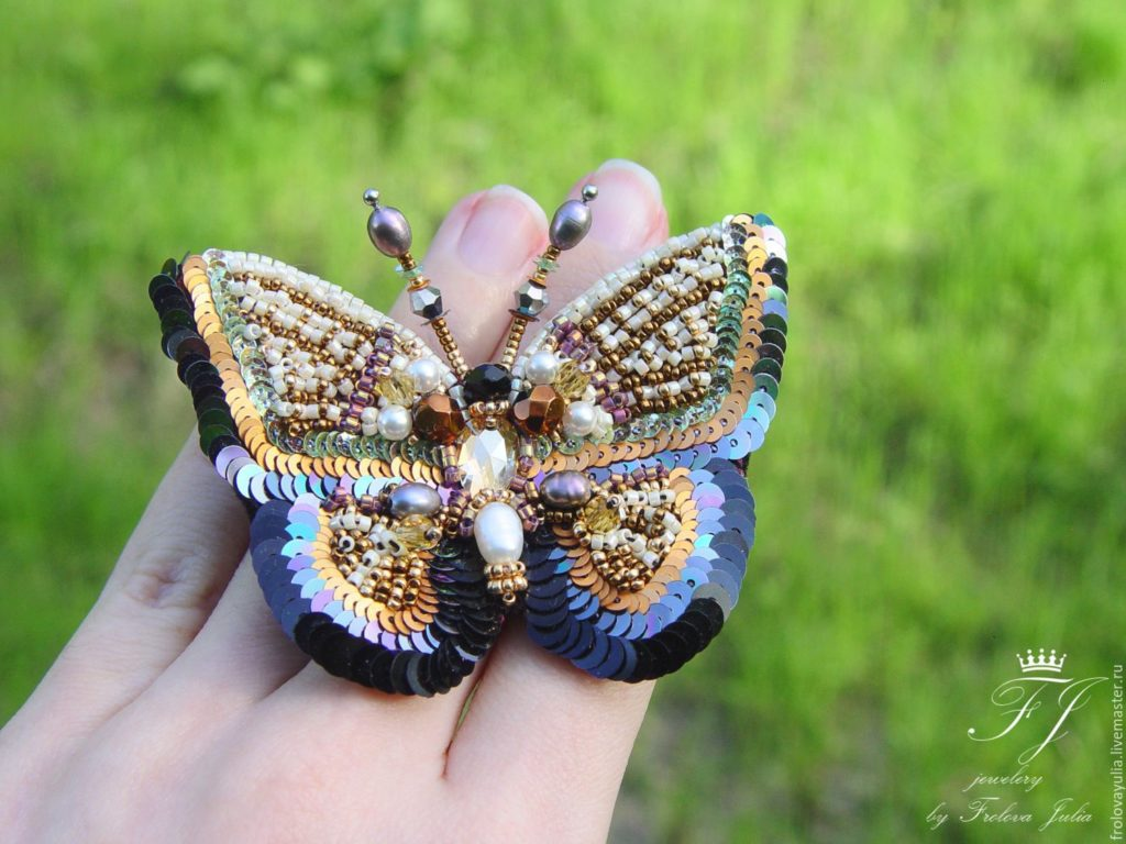 35fa6e3f58309571ef4514521a56-needlework-butterfly-brooch-cinnamon