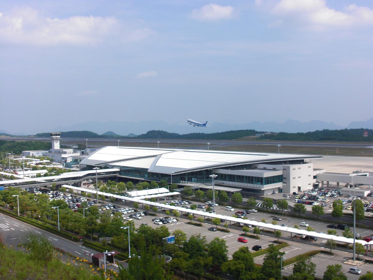 廣島機場。