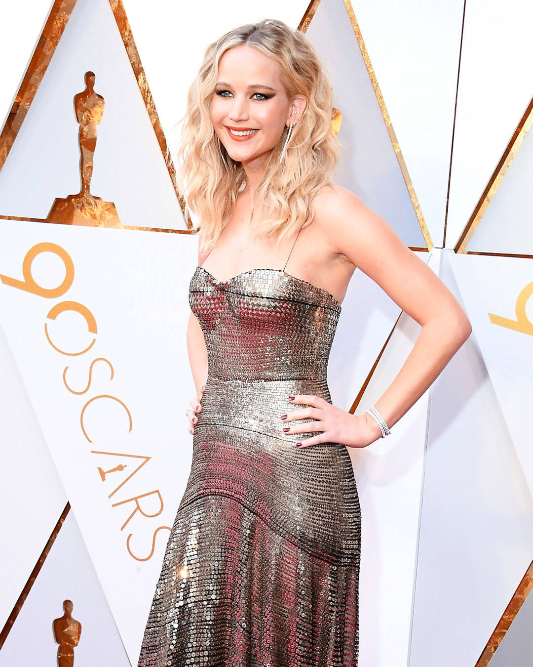 rs_1080x1350-180304163841-1080x1350-jennifer-lawrence-oscars-2018