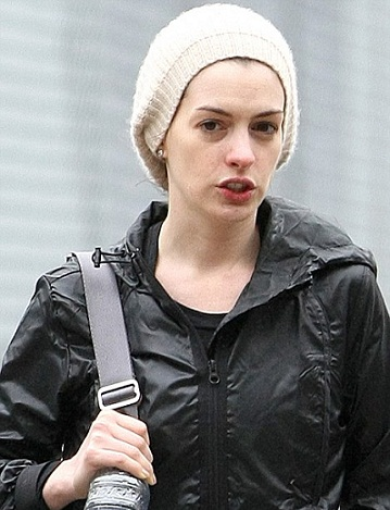 anne-hathaway-without-makeup-2