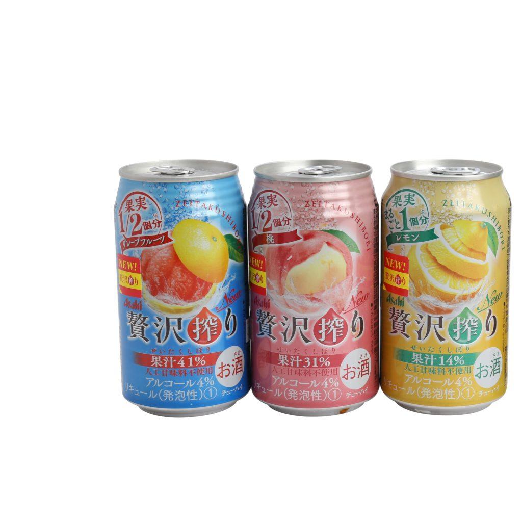 Asahi最新發售系列「贅沢搾り」,主打加入1/2個或以上果實和果皮的一起鮮榨的豐富果汁,不添加人工甘味劑能讓浸漬酒的溫潤豐厚的口感更加提升,是一款非常有質感的水果調酒。